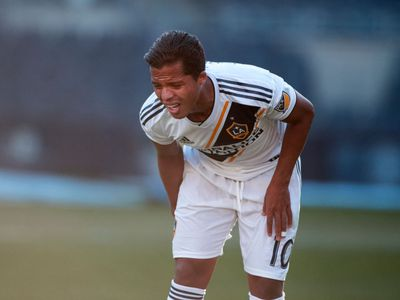 soccer player with hamstring injury