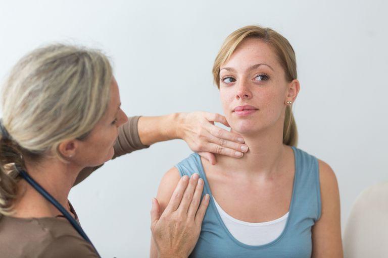 lobectomy, total thyroidectomy, papillary thyroid cancer, thyroid surgery