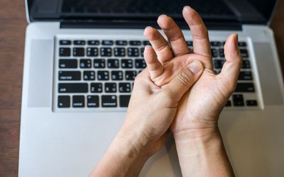 Causes and Treatments for Hand Weakness