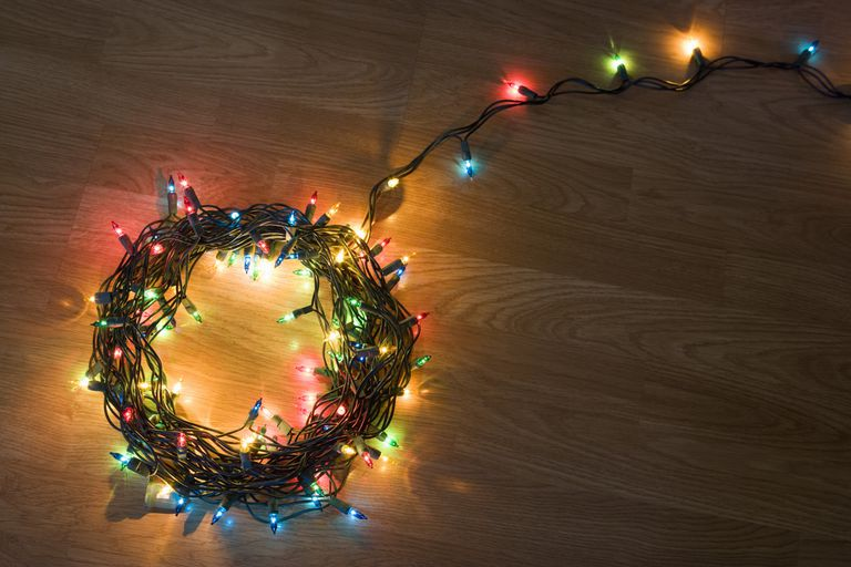 How To Choose Install And Store Christmas Lights
