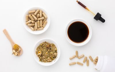 Chamomile capsules, tincture, and tea