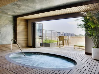 Empty hot tub.