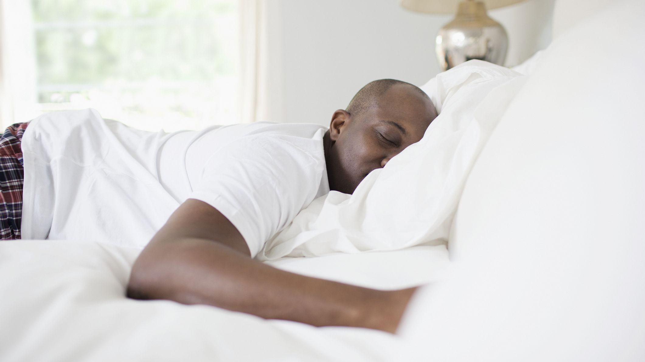 What Are the Common Symptoms of Snoring or Sleep Apnea?