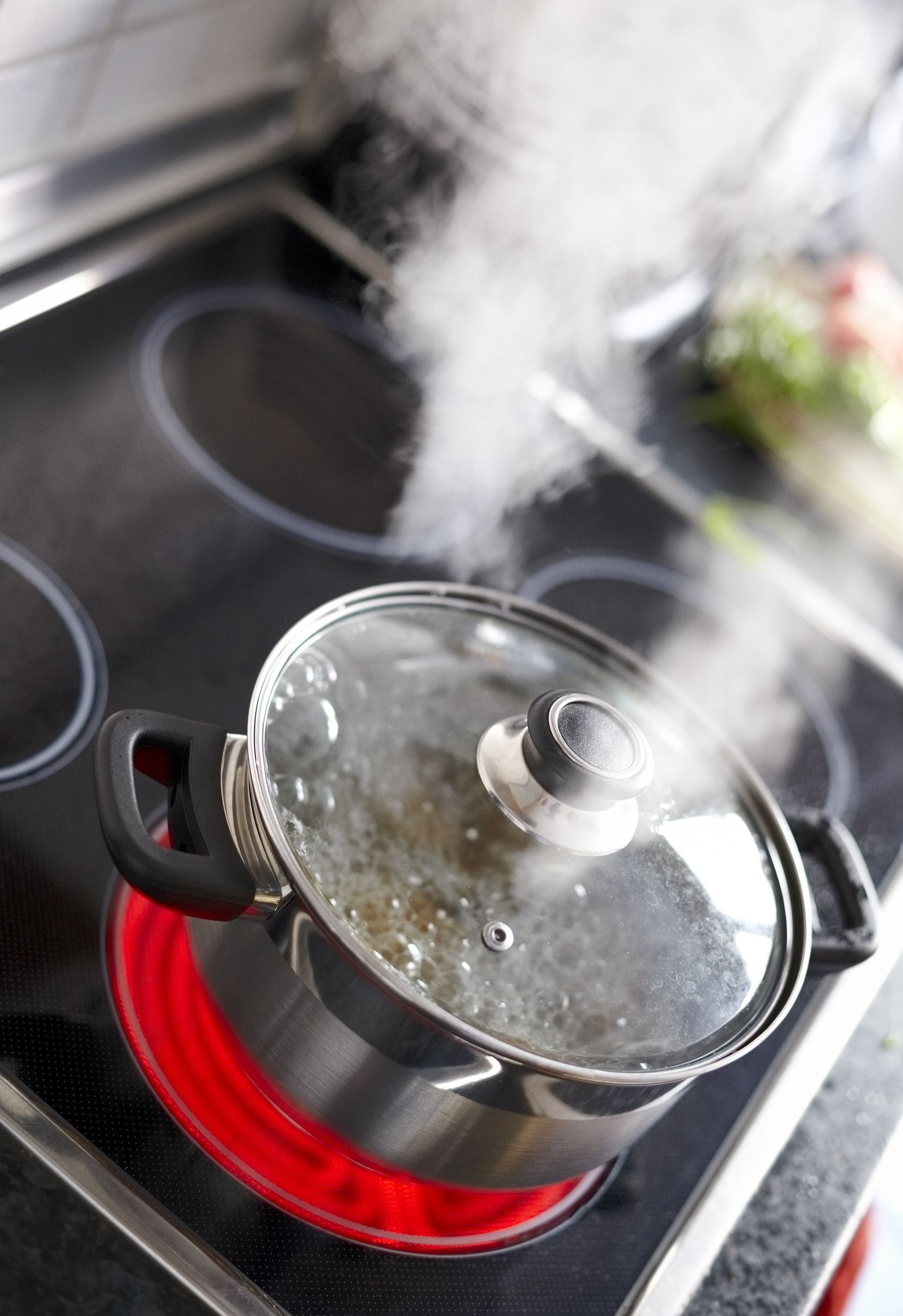 Steam Burns: Symptoms, Treatment, and Prevention