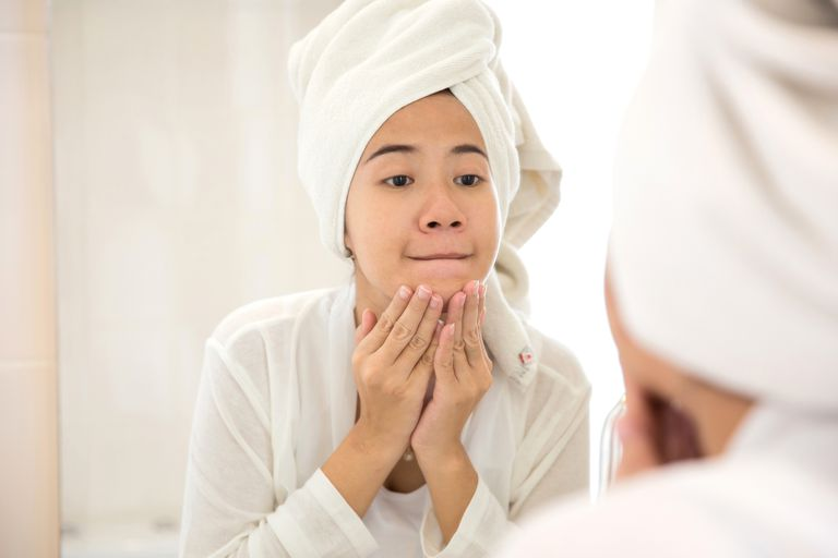 How the Menstrual Cycle Affects Acne