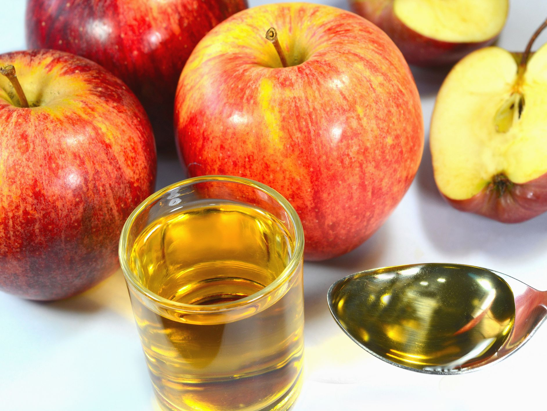 Apple Cider Vinegar: Benefits, Side Effects, Dosage, and