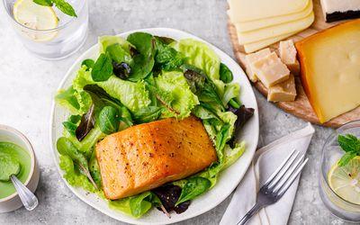 Keto salmon salad
