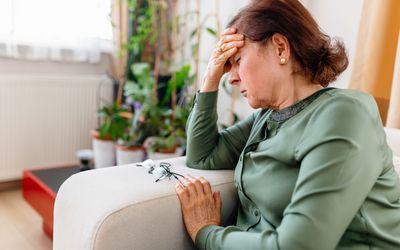 woman with dizziness