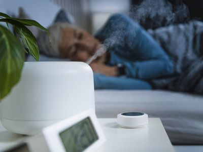 Air humidifier in bedroom