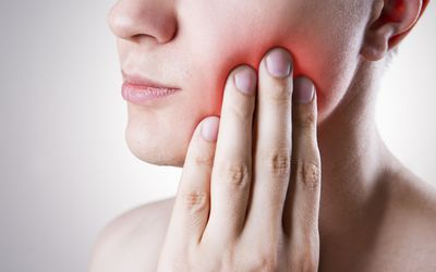 Tonsil Cancer: Symptoms, Causes, and Treatments