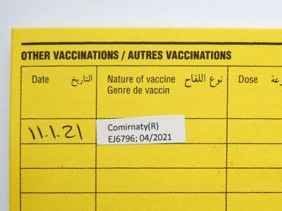 Comirnaty vaccine card