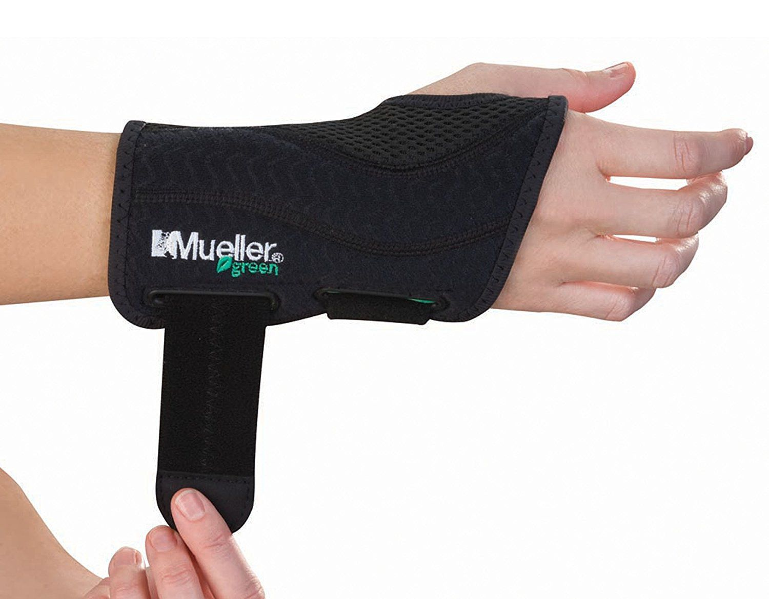 245e72410495bc Best Overall: Mueller Fitted Wrist Brace
