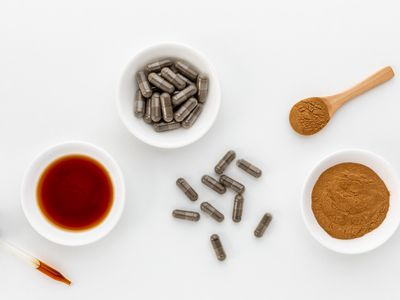 Hops tincture, capsules, and powder