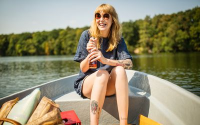 Living with psoriasis in warmer weather