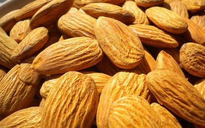 Raw California Almonds