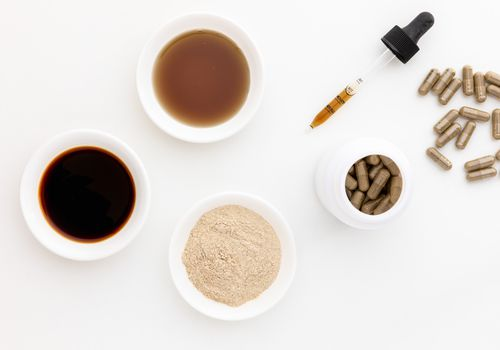 Plantain powder, extract, tincture, and capsules