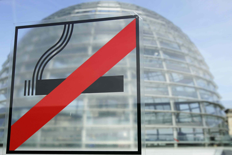 No smoking sign on window