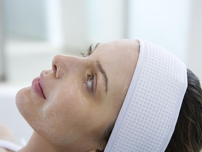 woman getting a chemical peel