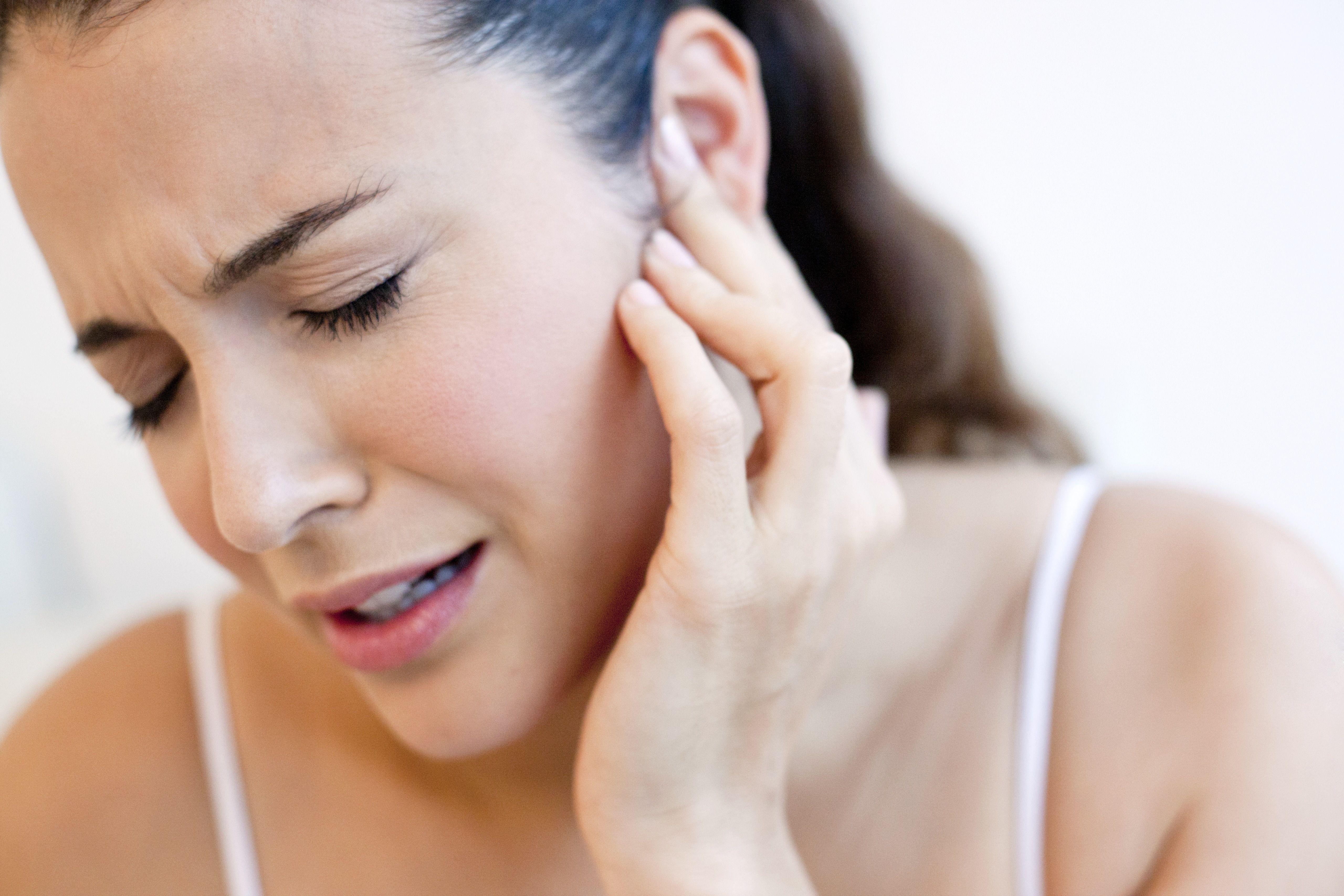 adult ear aches