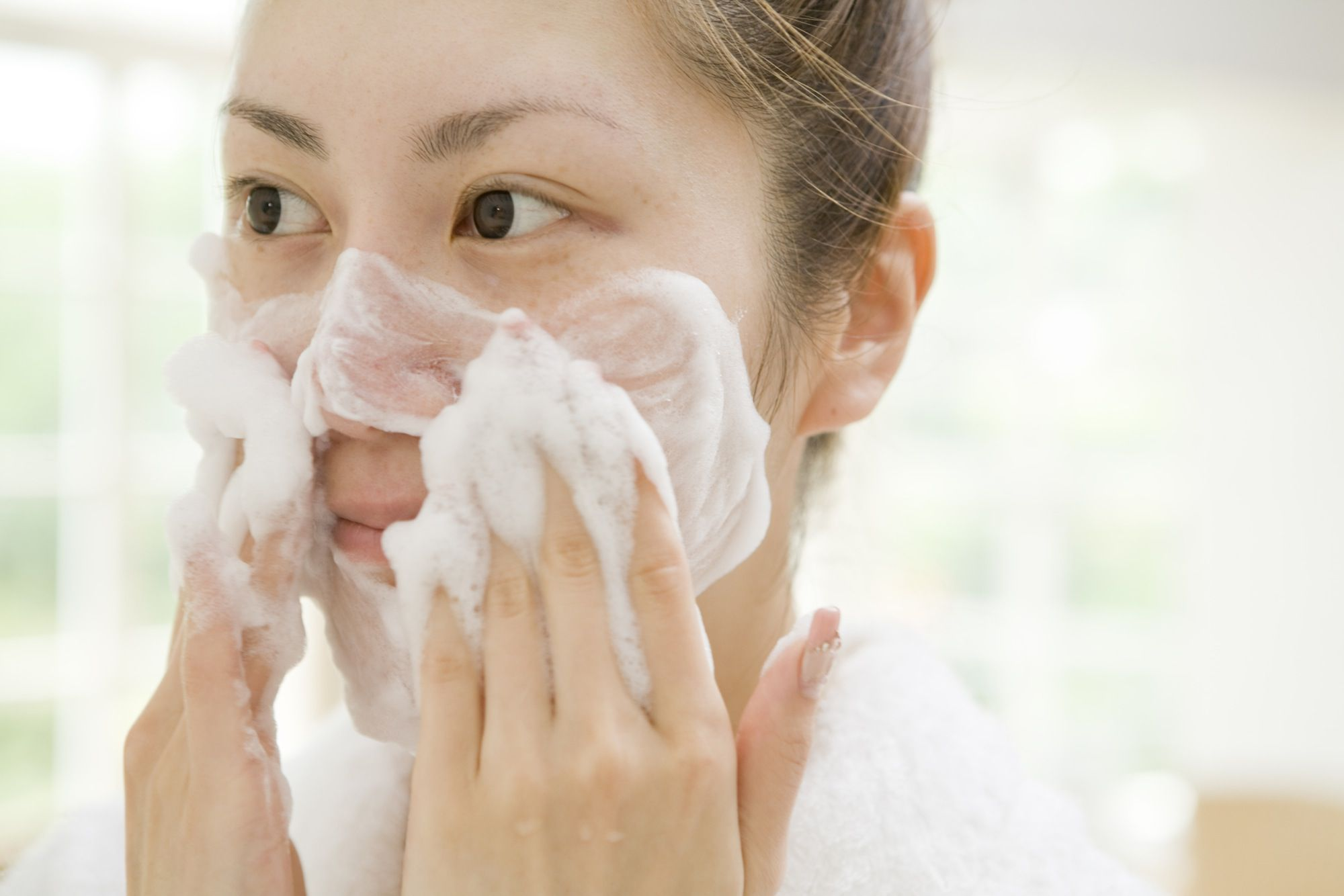 Daily Care Routines For Acne Prone Skin