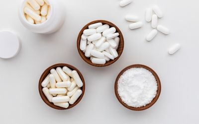 N-Acetylglucosamine capsules, tablets, and powder