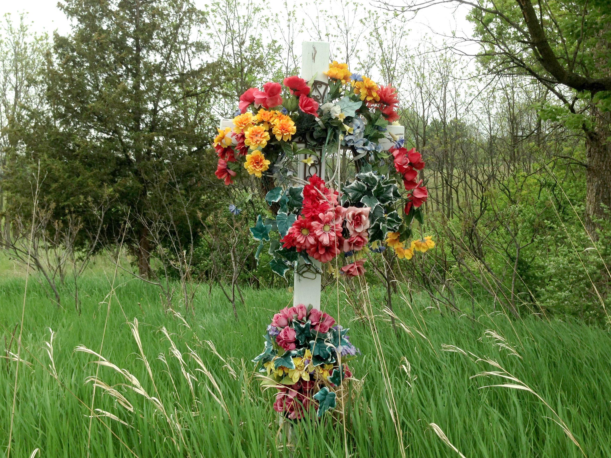 Are Roadside Memorials Illegal?