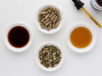 Goldenrod extract, capsules, tincture, and tea