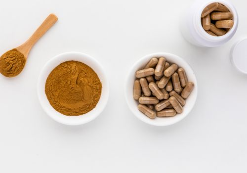 White mulberry powder and capsules