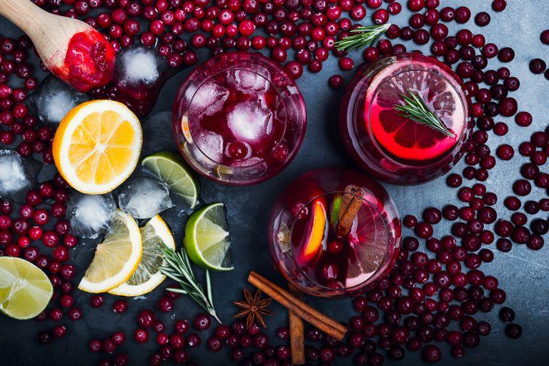 Cranberry juice and cranberries