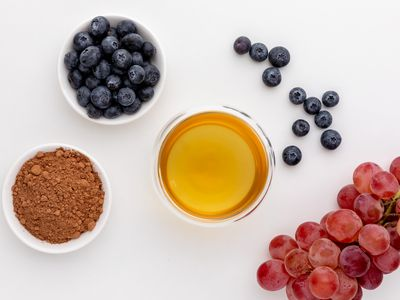 Cocoa, grapeseed oil, blueberries, and red grapes