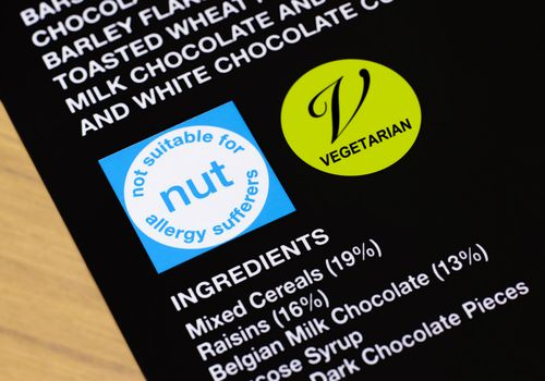 Nut allergy warning on packaging