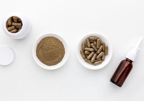 Eyebright capsules, powder, and nasal spray