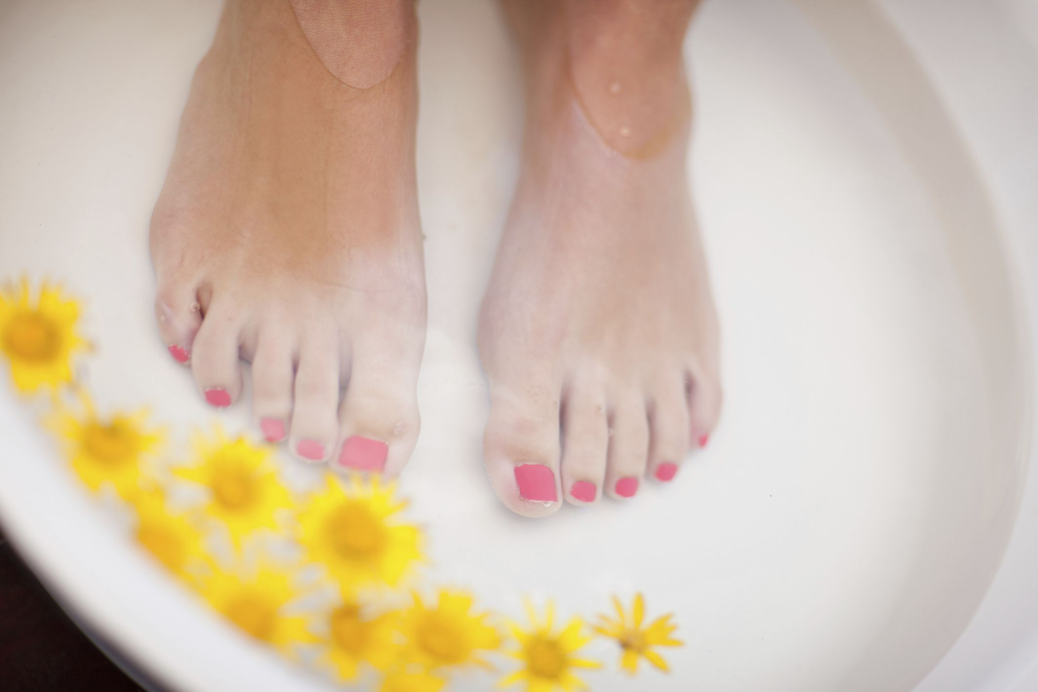 How to Have Pretty Feet With At-Home Spa Care