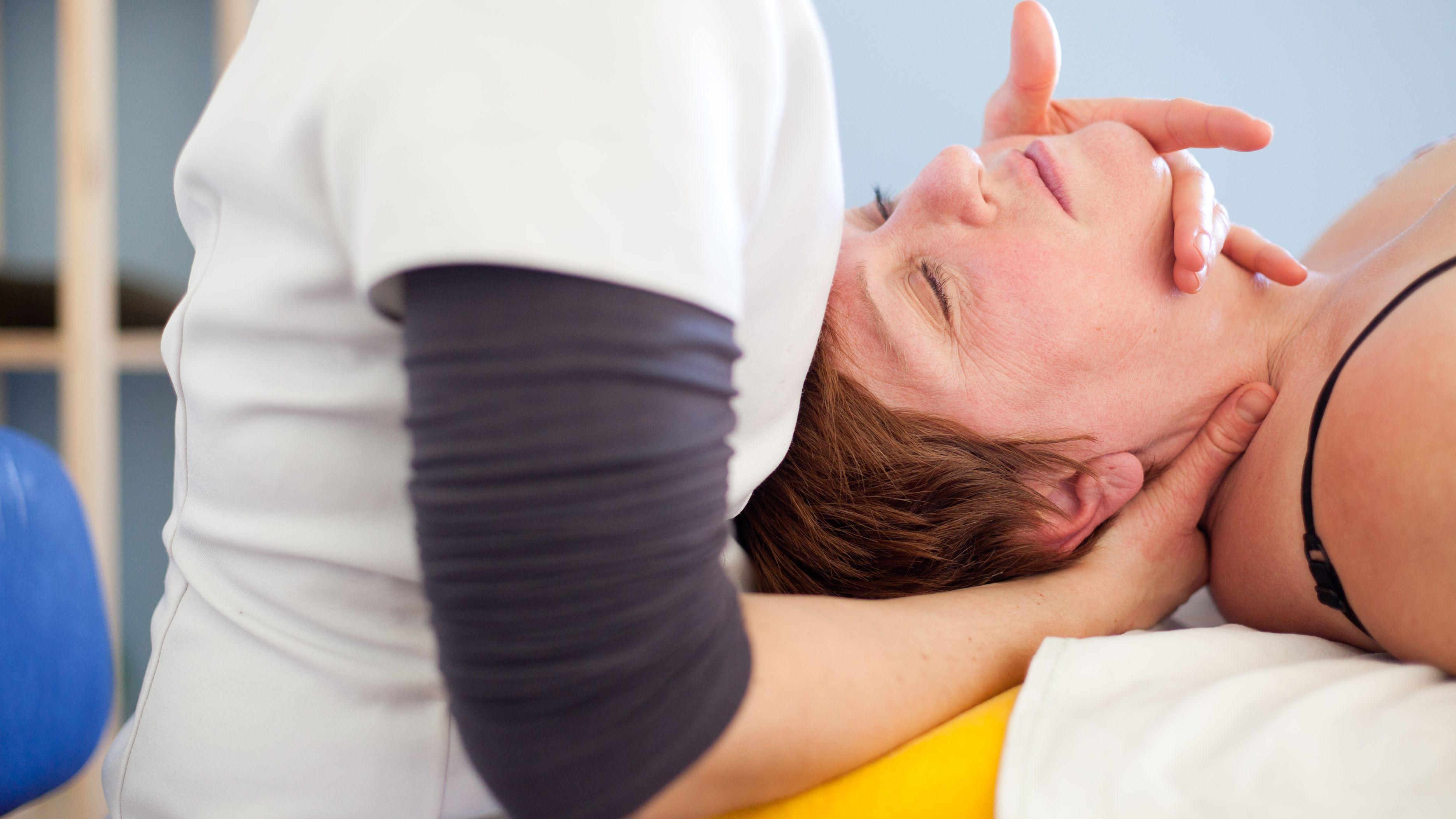 Torticollis Symptoms and Treatment
