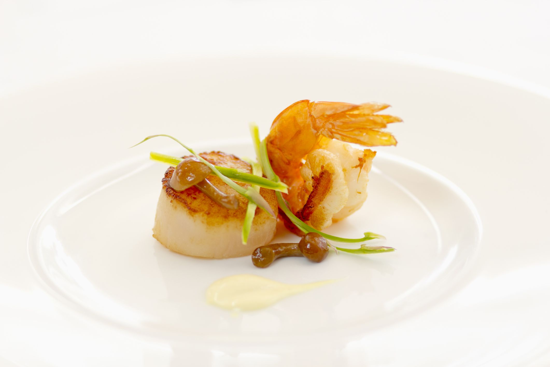 Shrimp and Scallops as Part of a Low-Cholesterol Diet