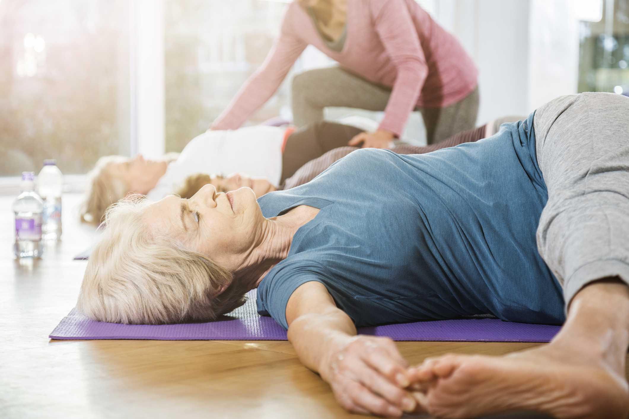 mature women in stretch class