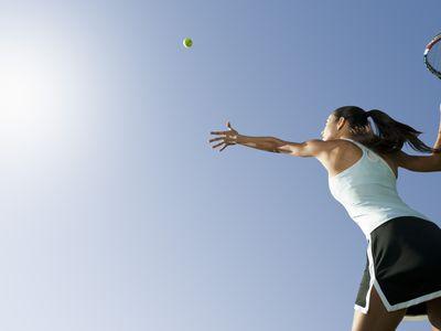 throwing a tennis ball