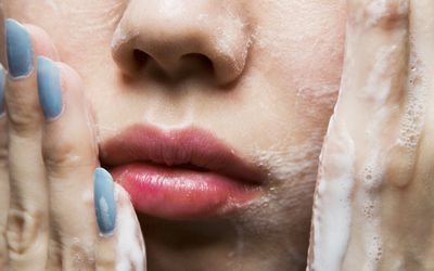 Does Oily Skin Need a Moisturizer?