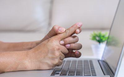 Young man finger pain,Finger pain, hand pain, wrist pain