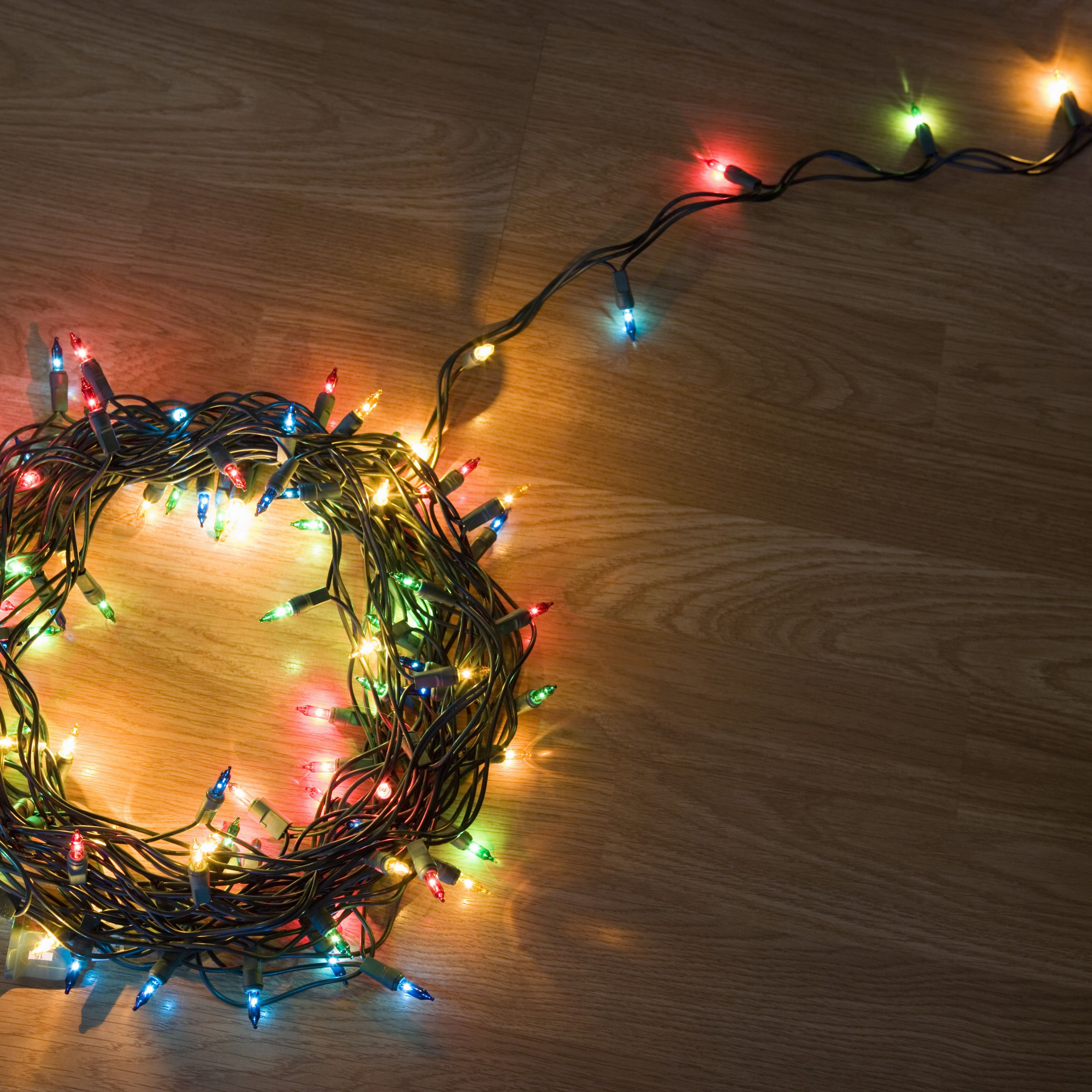 how to decorate with icicle lights.htm how to choose  install  and store christmas lights  christmas lights