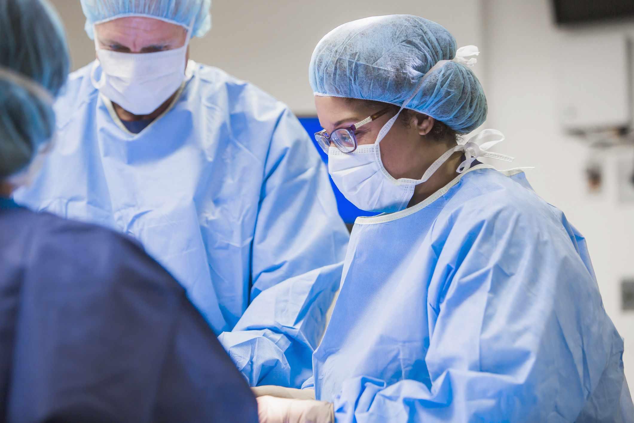 Surgeons perform Whipple procedure
