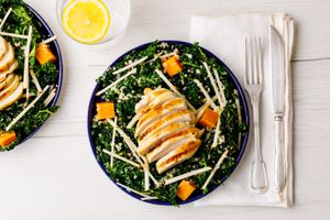 Hiatal Hernia diet sweet potato, grilled chicken, kale, quinoa, and shredded apple