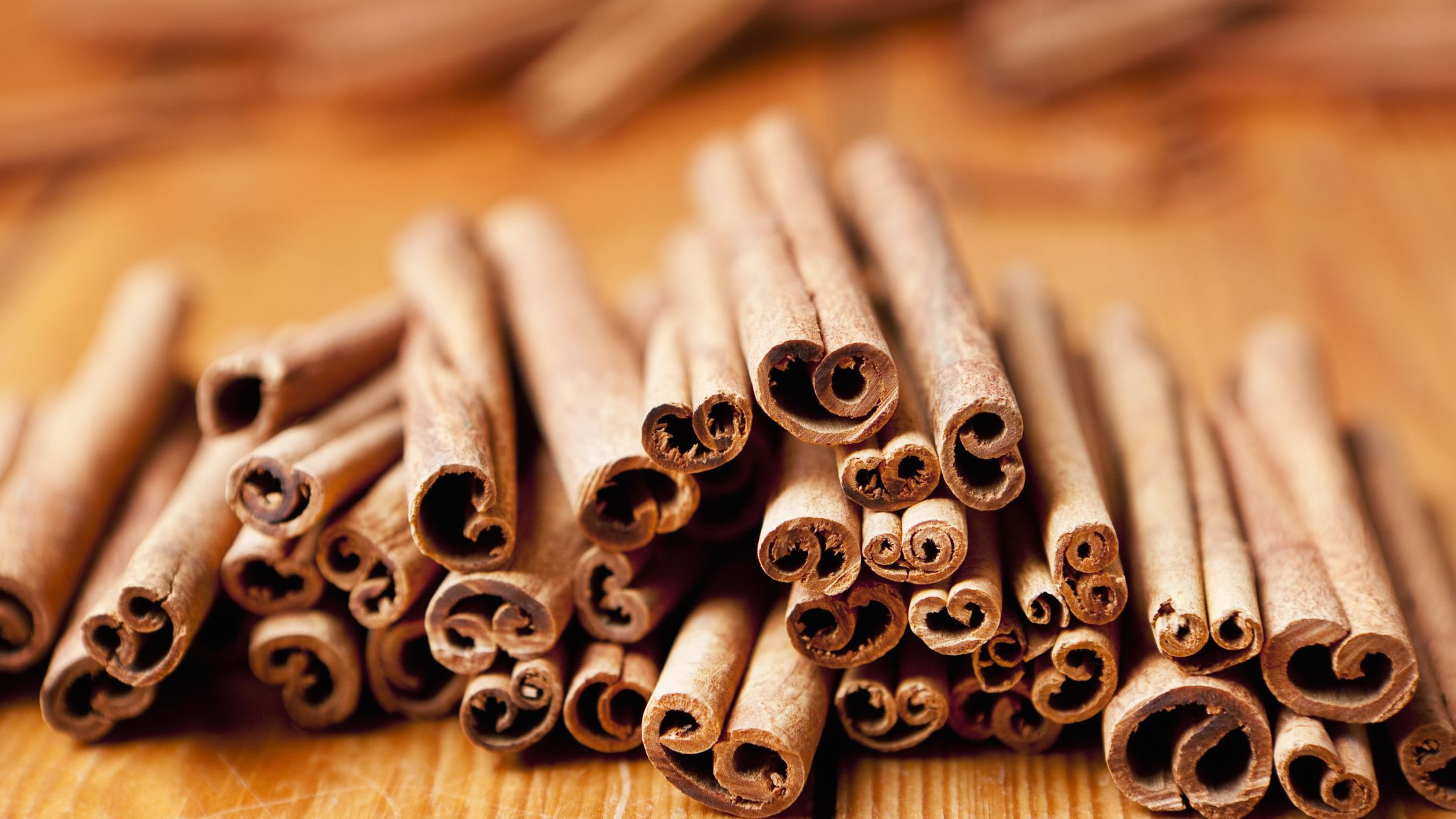 Cinnamon Essential Oil: Benefits, Side Effects, Dosage, and Interactions