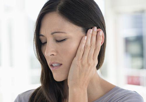 ear pain, ventilation tubes