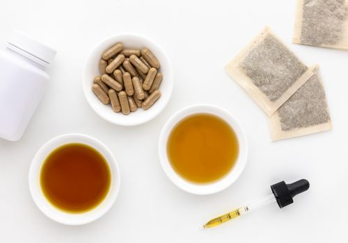 Chinese skullcap capsules, tea bags, tincture, and extract
