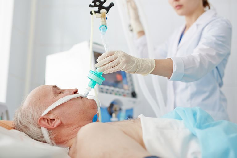 Endotracheal Tube Use During Surgery Can Cause Mouth and Throat Issues
