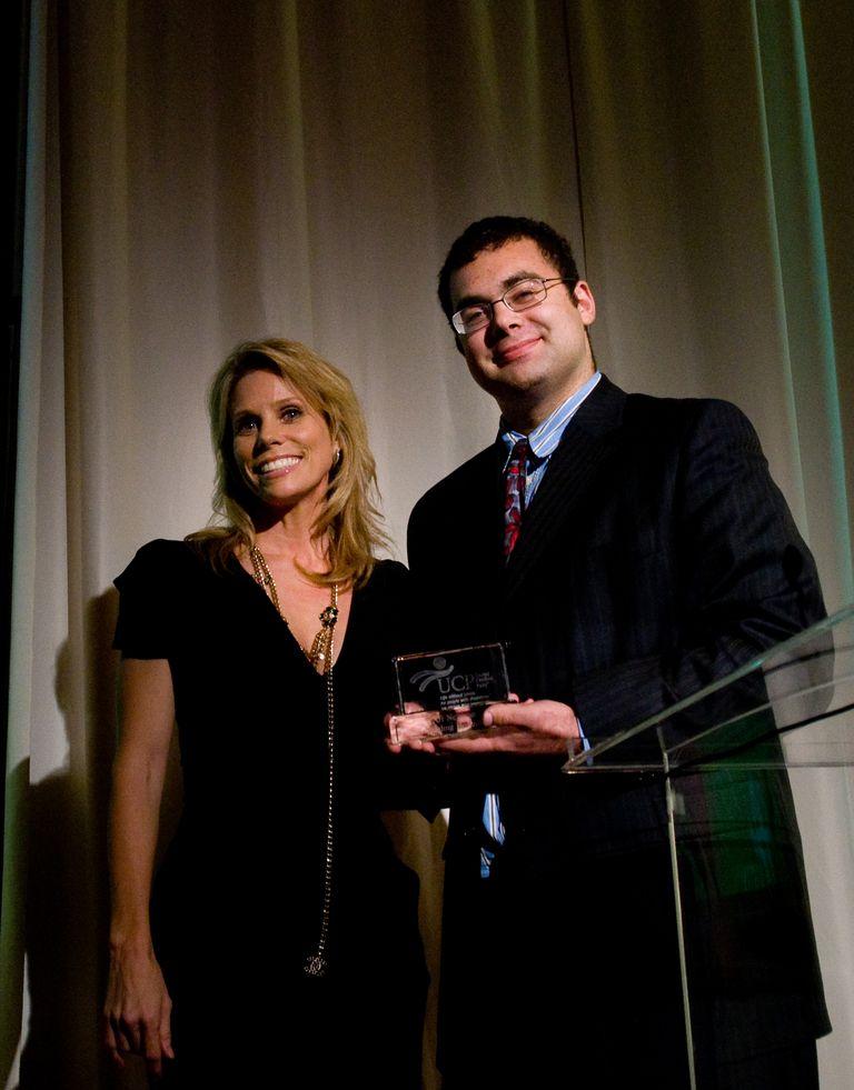 Ari Neeman accepts prize