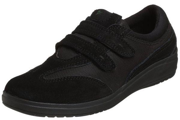 Grasshopper velcro shoes