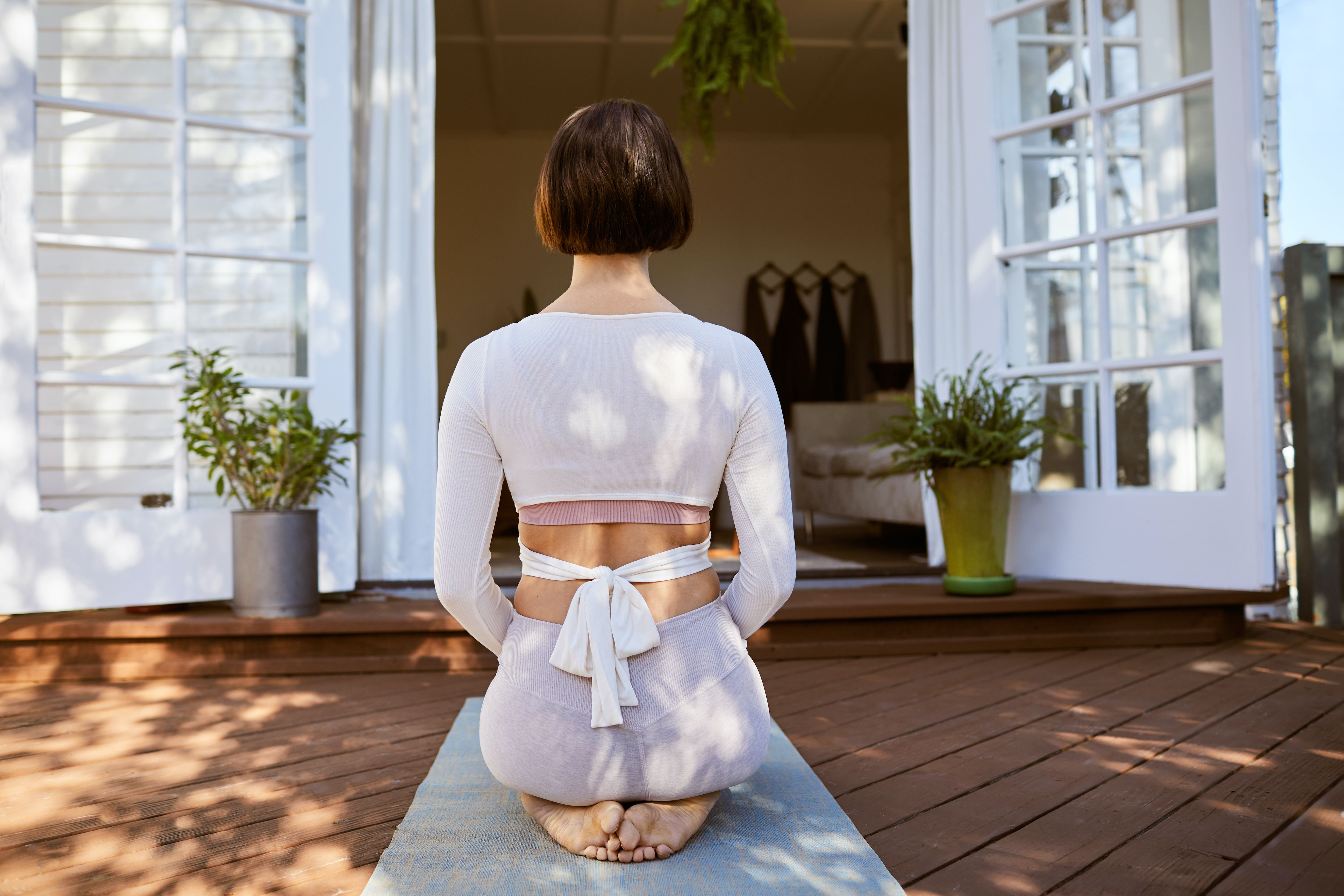 The Benefits of Yoga for Bad Knees