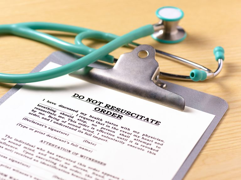 do not resuscitate order on a clipboard with stethoscope
